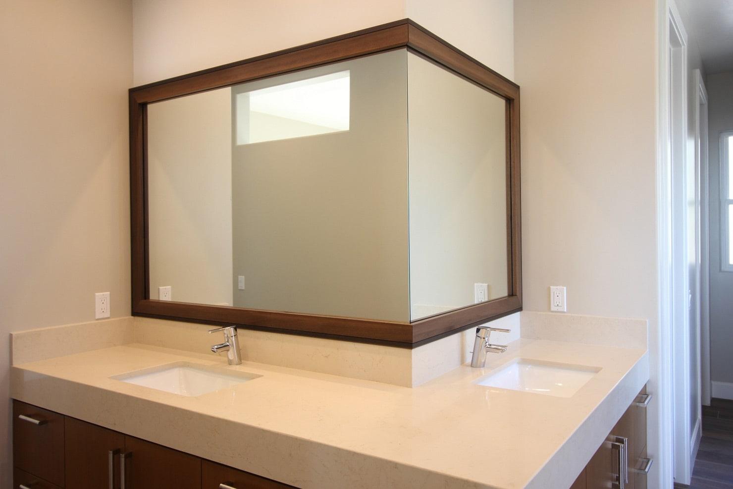 fabrication et installation de miroirs sur mesure
