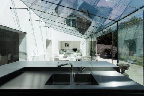 Le verre sur mesure dans la maison